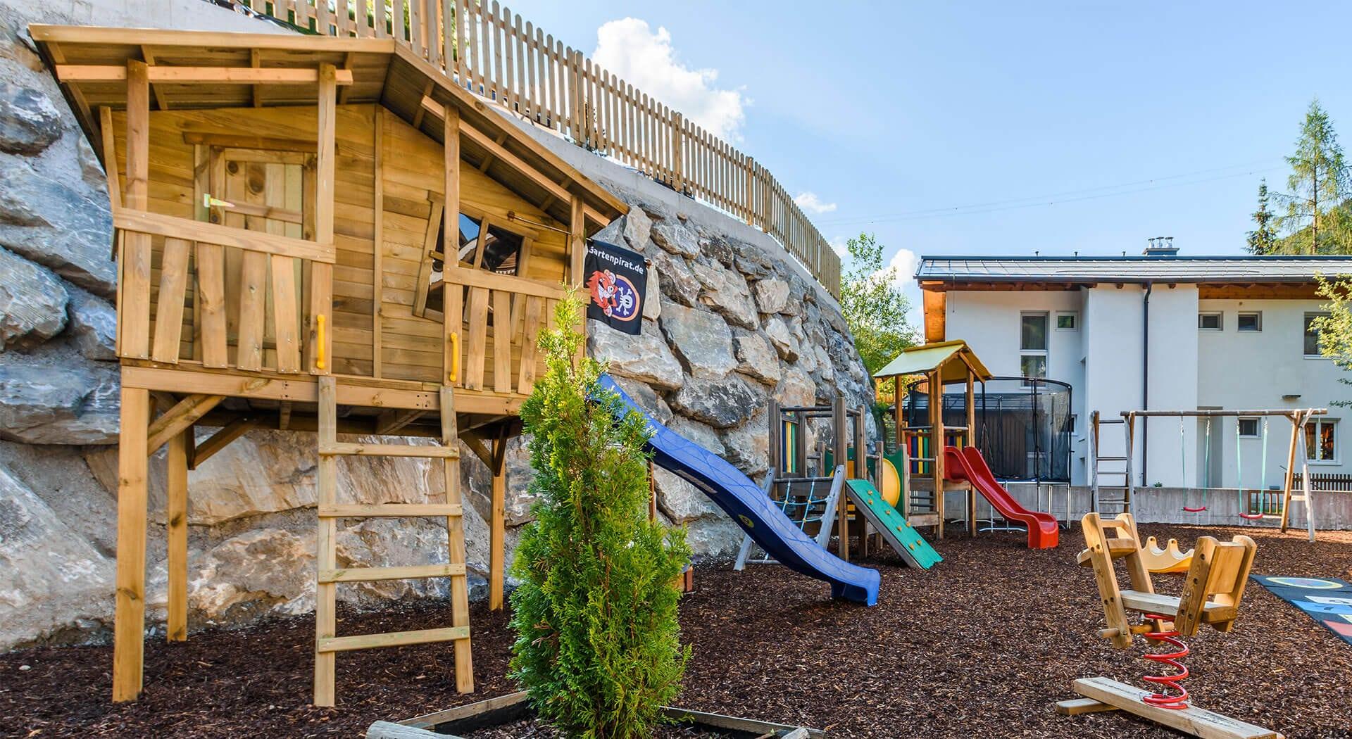 Kinderspielplatz beim Hotel Hubertus in Wagrain, Salzburger Land